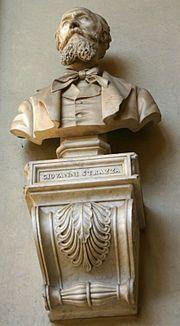 Busto del escultor Giovanni Strazza (1818-1875) en la logia del primer piso del Palacio de Brera, en Milán.