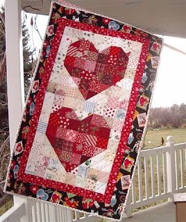 Free pattern day:  Hearts and Valentines 2014 My Heart free quilt and banner patterns by Nanette Merrill at Freda's Hive Love the colors