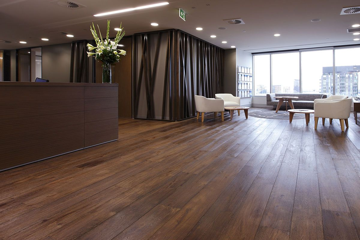 How To Choose The Right Timber Flooring Contractor Engineered