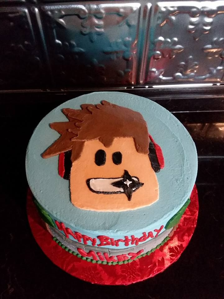 8 Inch Roblox Cake My Decorated Cakes In 2019