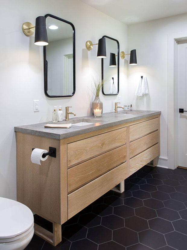 See Chip Amp Joanna Gaines Most Memorable Fixer Uppers In 2019 Home Concrete Bathroom