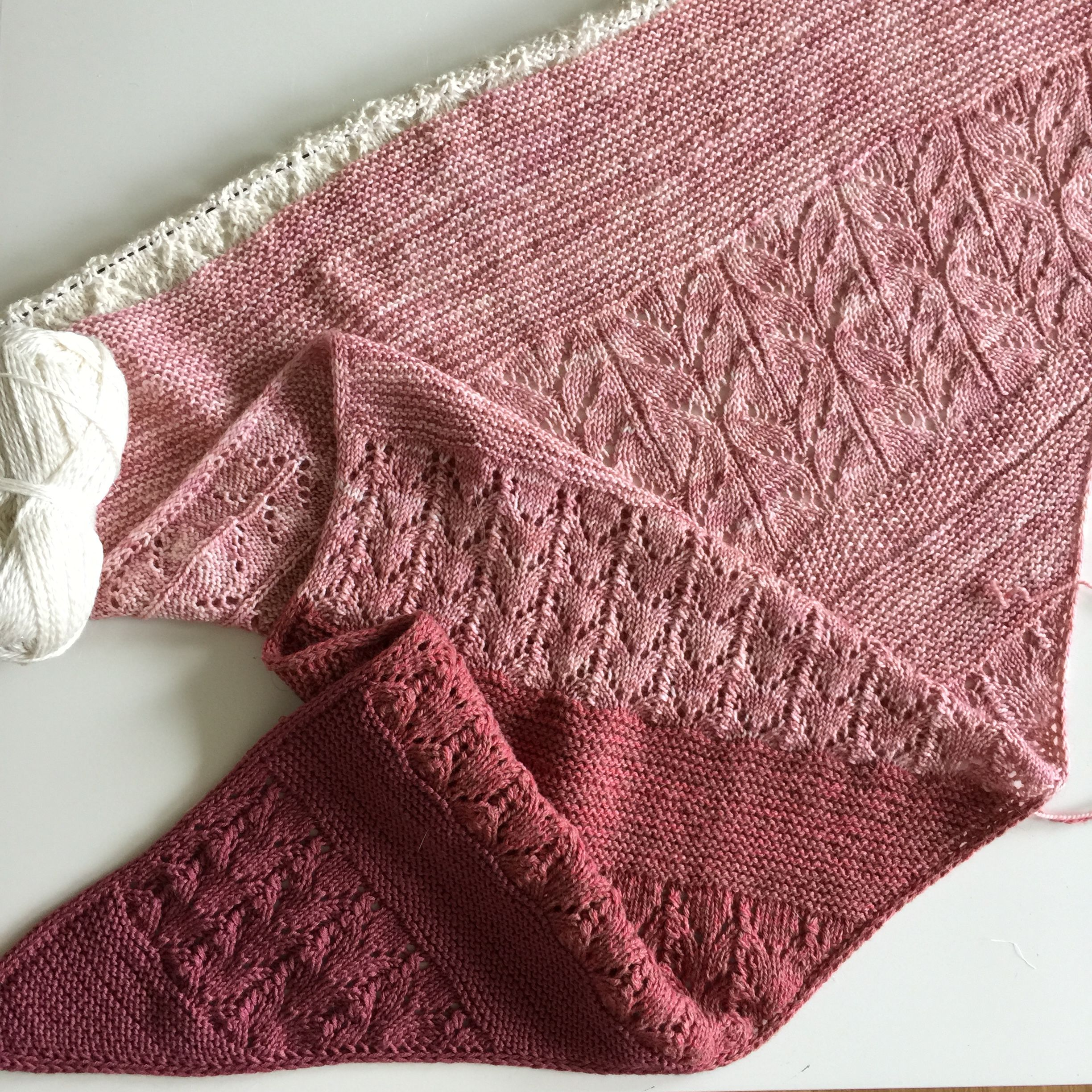 Preview of my next upcoming Shawl pattern, the Be So Good shawl ...