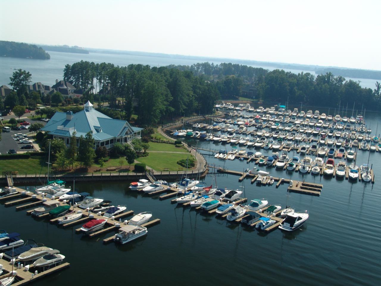 Peninsula YC, Lake Norman, N. Carolina