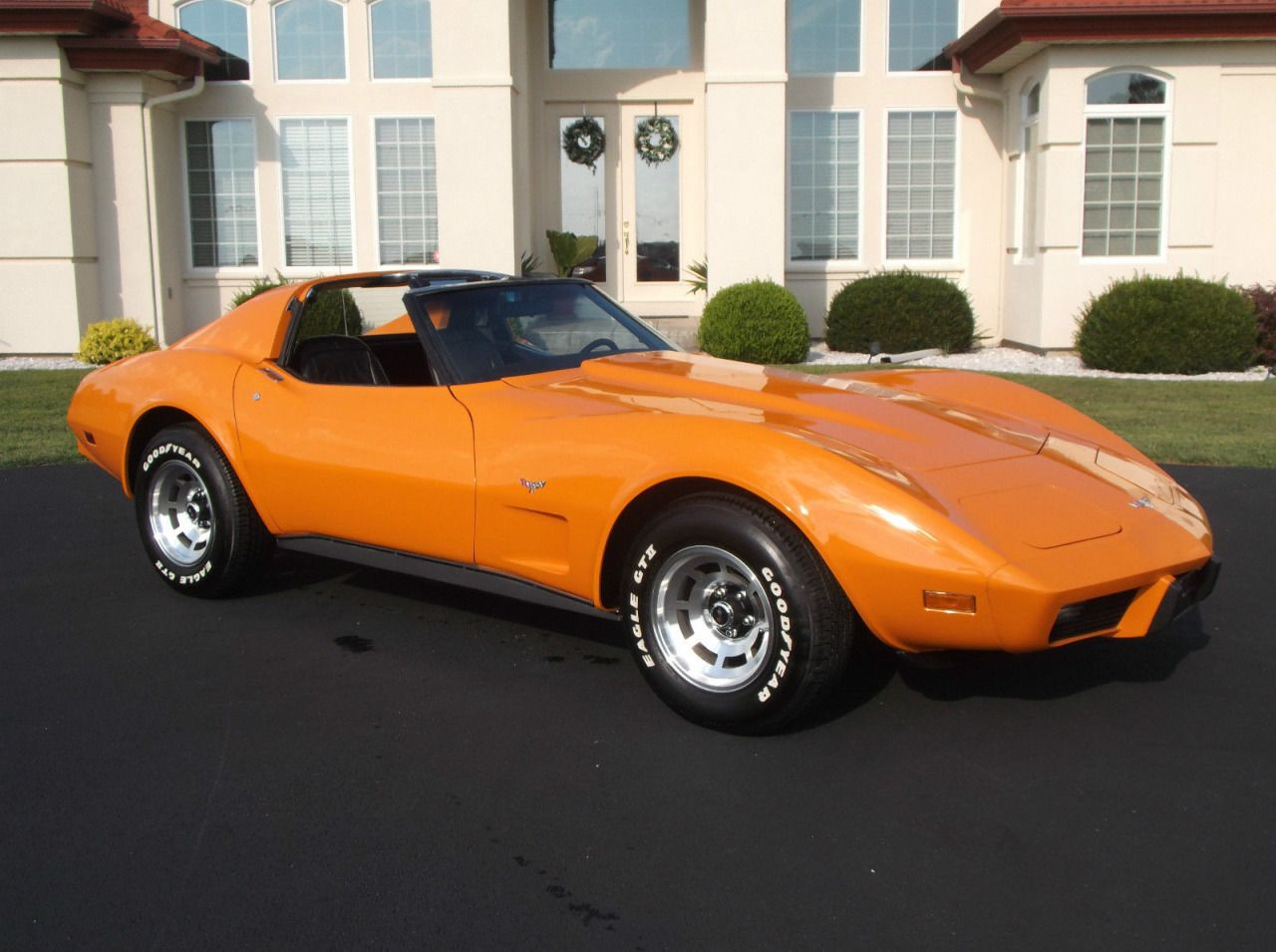 American Muscle Cars… 1977 Chevrolet Corvette T-Top L-48 350 C.I. ...