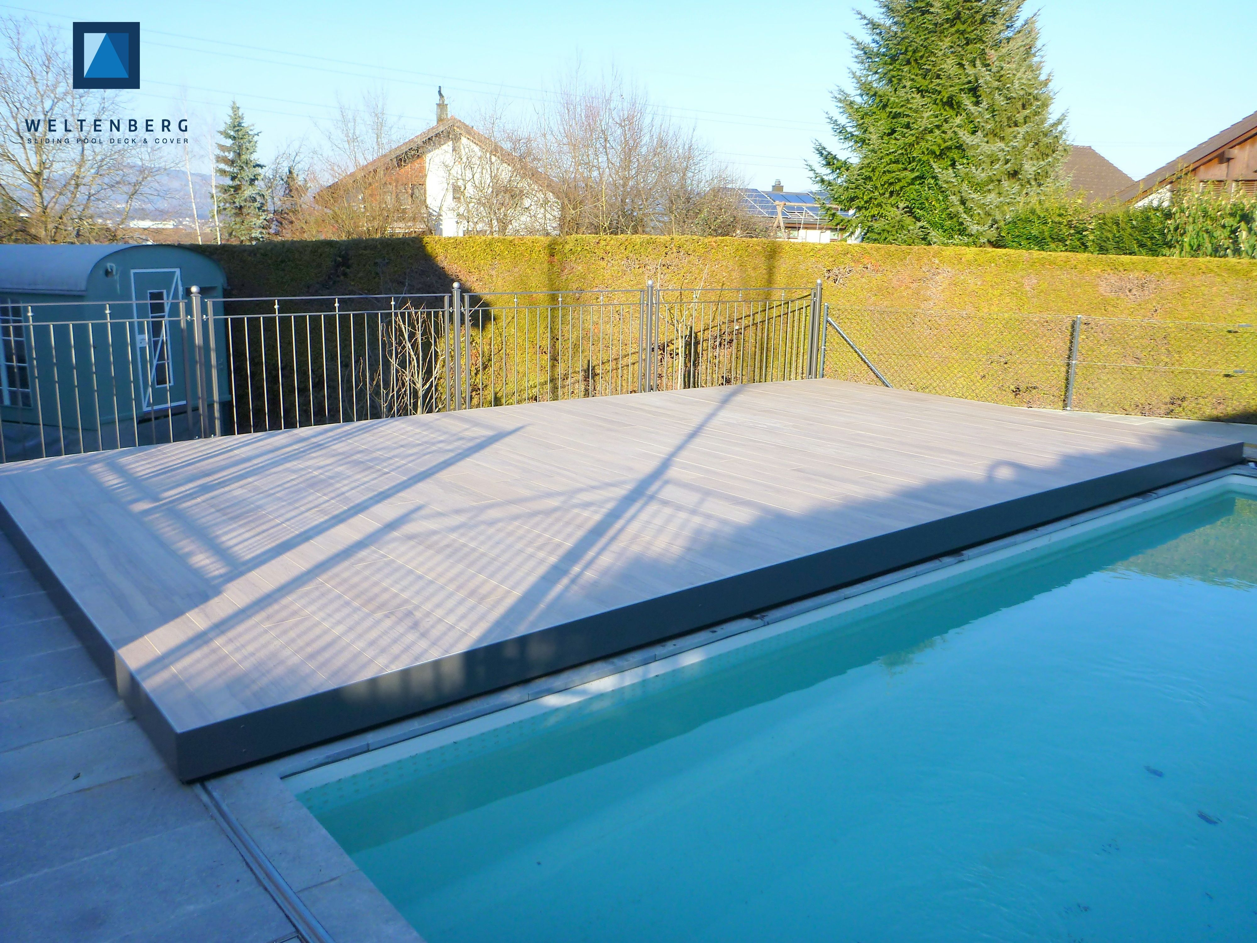 Pool Im Garten Aufwand Sliding Swimming Pool Cover And Terrace Movable Pooldeck