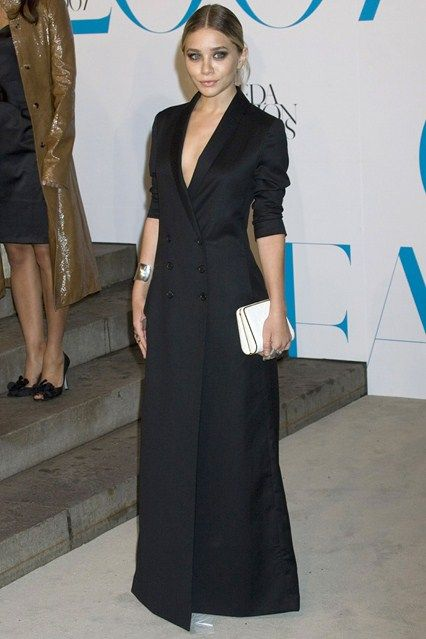 2a3279dccaa The Row black blazer dress Ashley Olsen Style