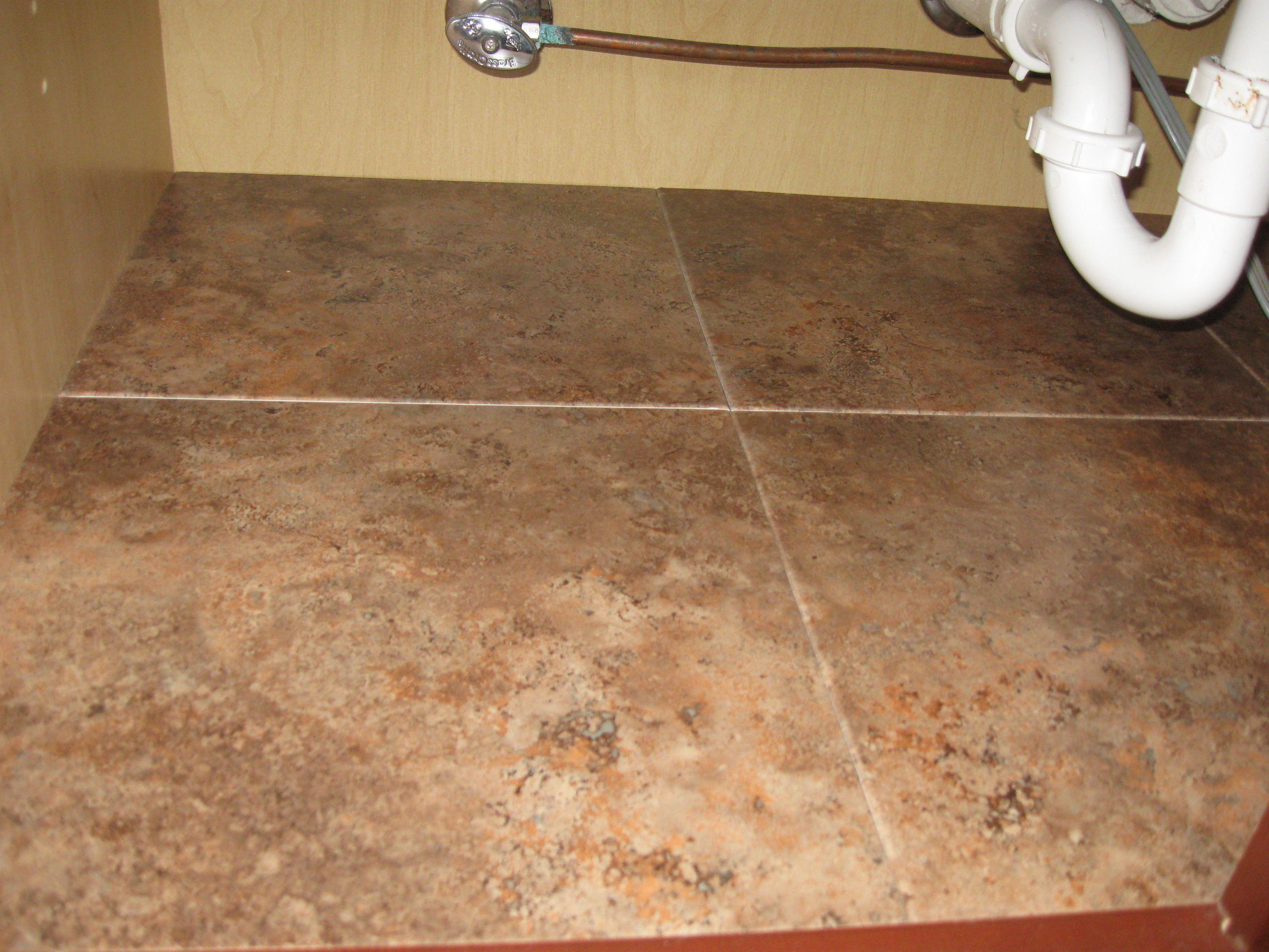 les 25 meilleures id es de la cat gorie organisation de lavabo sur pinterest rangement lavabo. Black Bedroom Furniture Sets. Home Design Ideas