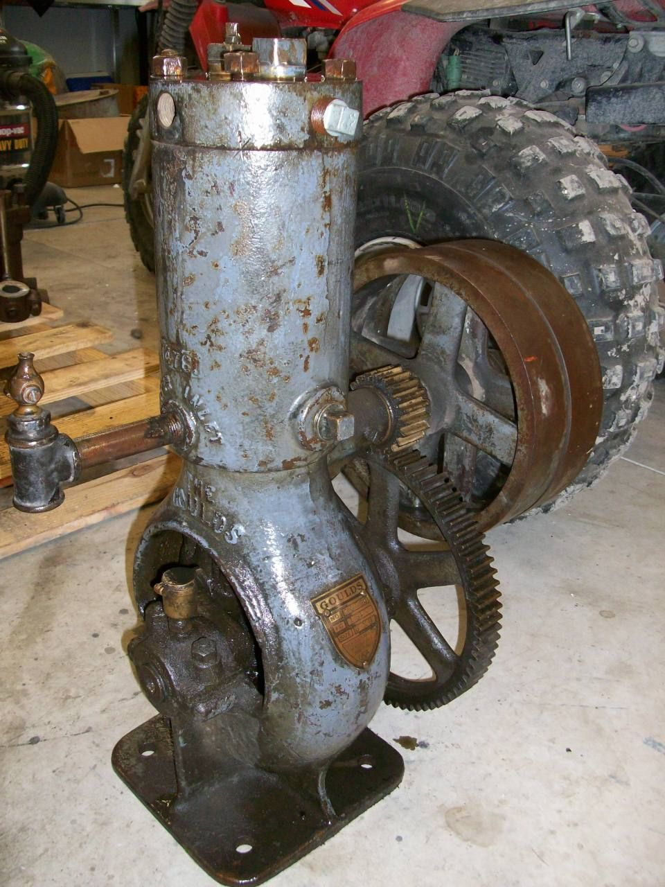Goulds water cooled air compressor old gas engine hit and for Air compressor gas motor