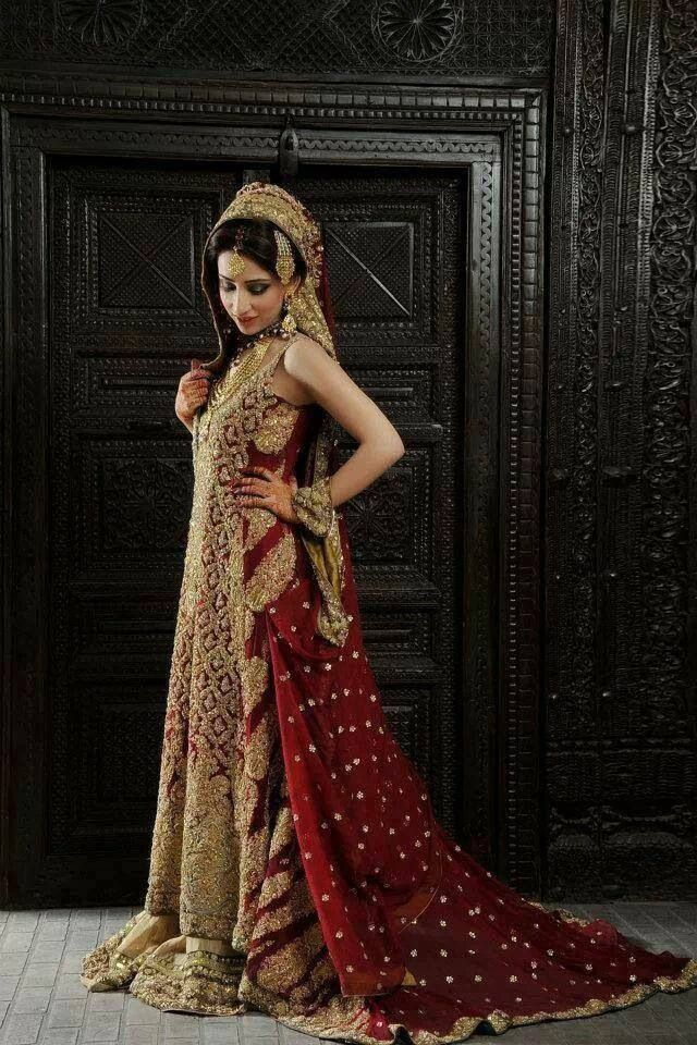 Latest Bridal Gowns Trends Designs Collection 2020 2021 New Bridal Dresses Bridal Gown Trends Pakistani Bridal Dresses