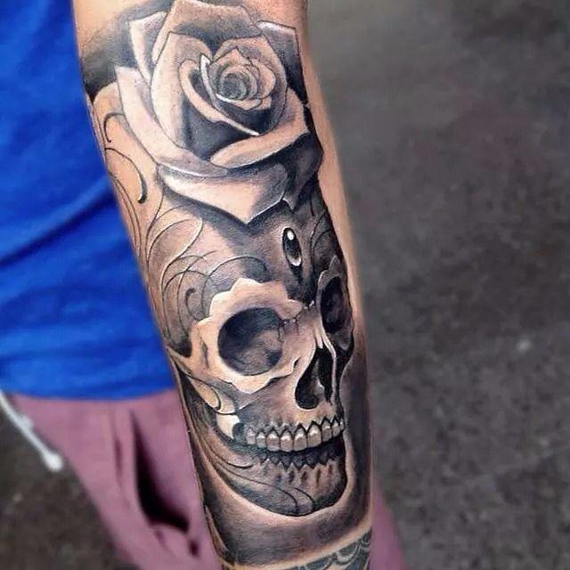 Cráneo Calavera Con Rosas Tattoo Ink Tatuajes Calaveras Y Rosas