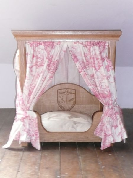 Welcome To Mclay Furniture Four Poster Dog Bed Dog Bed Beautiful Dog Beds Cute Dog Beds