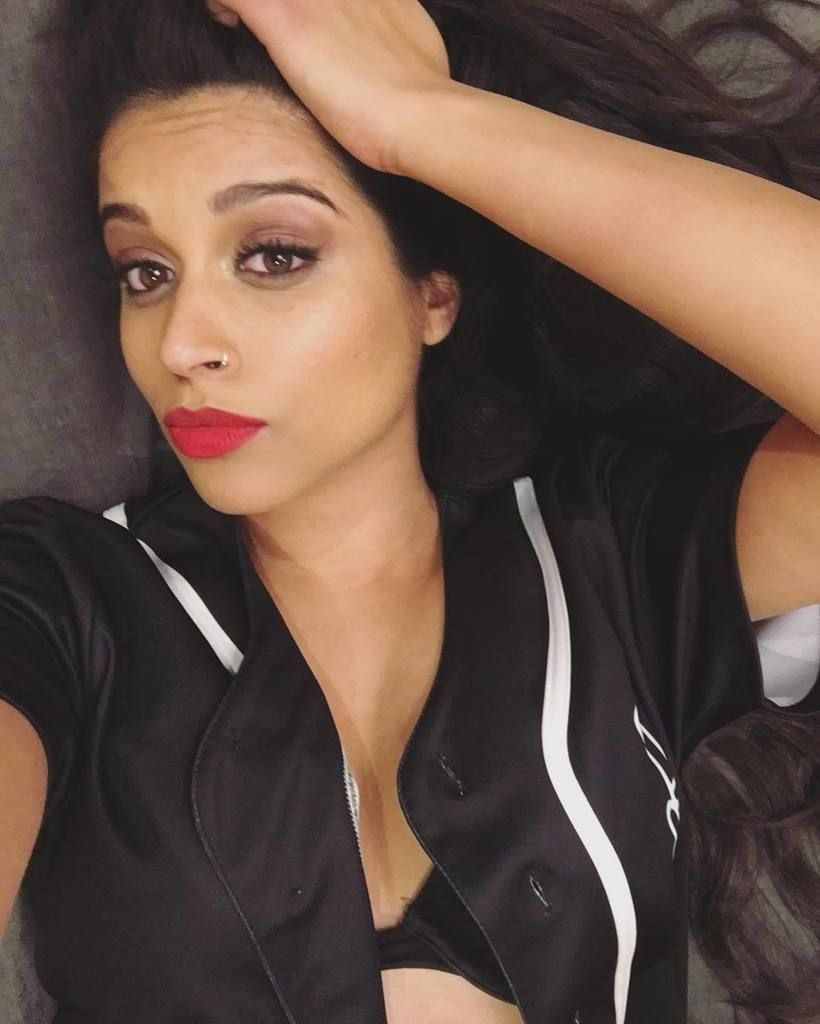 Lilly Singh (@IISuperwomanII) on Twitter (With images ...