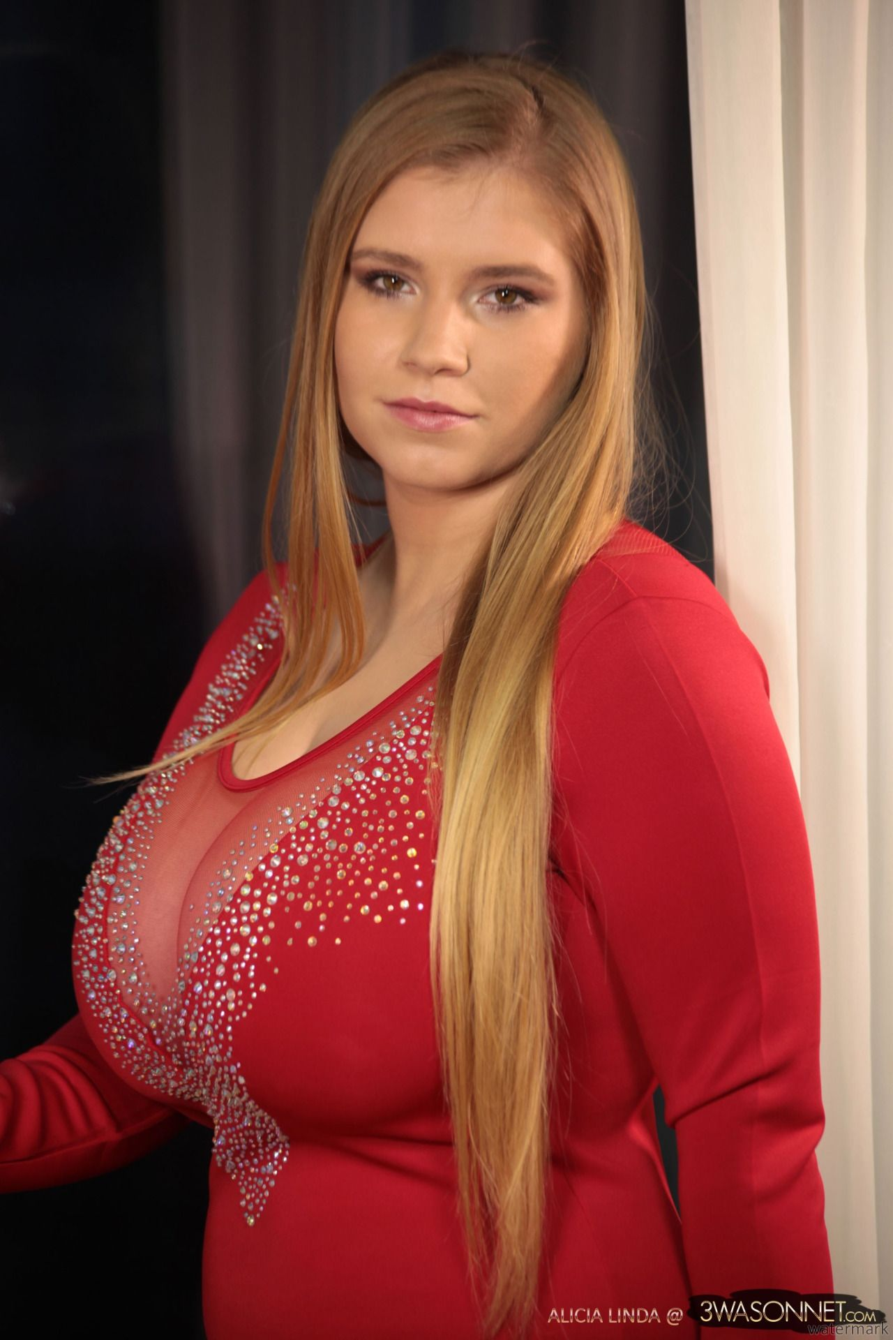 Alicia linda