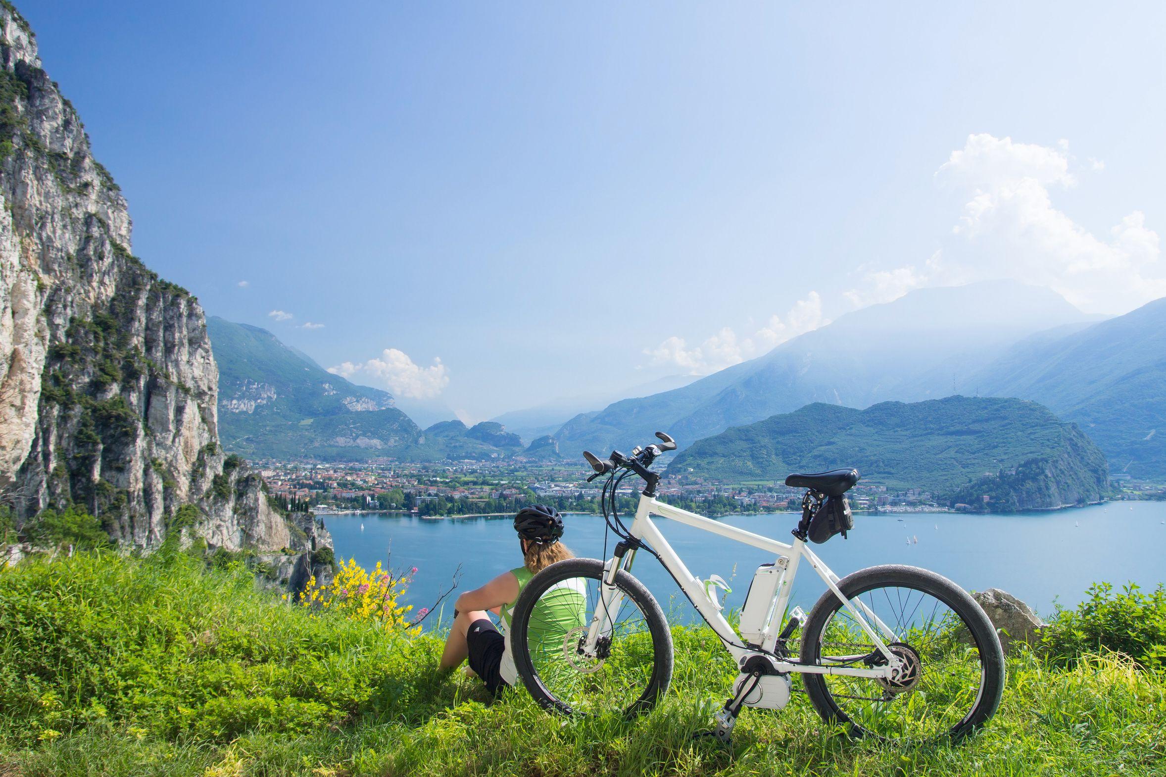 Heute ist der europäische Tag des Fahrrades. In diesem Sinne, bleibt sportlich ... :-) #Sport #Wellness #aktiv #healthy #Sommer #summer #travel #holidays #Urlaub #imUrlaubwiezuhausefühlen ©autofocus67 - Fotolia