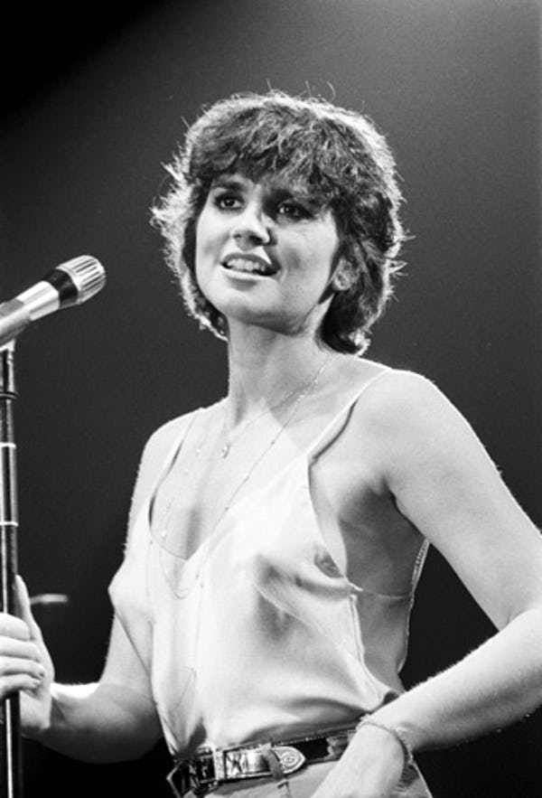 The Many Loves Of Linda Ronstadt   Linda ronstadt, Singer, Female musicians
