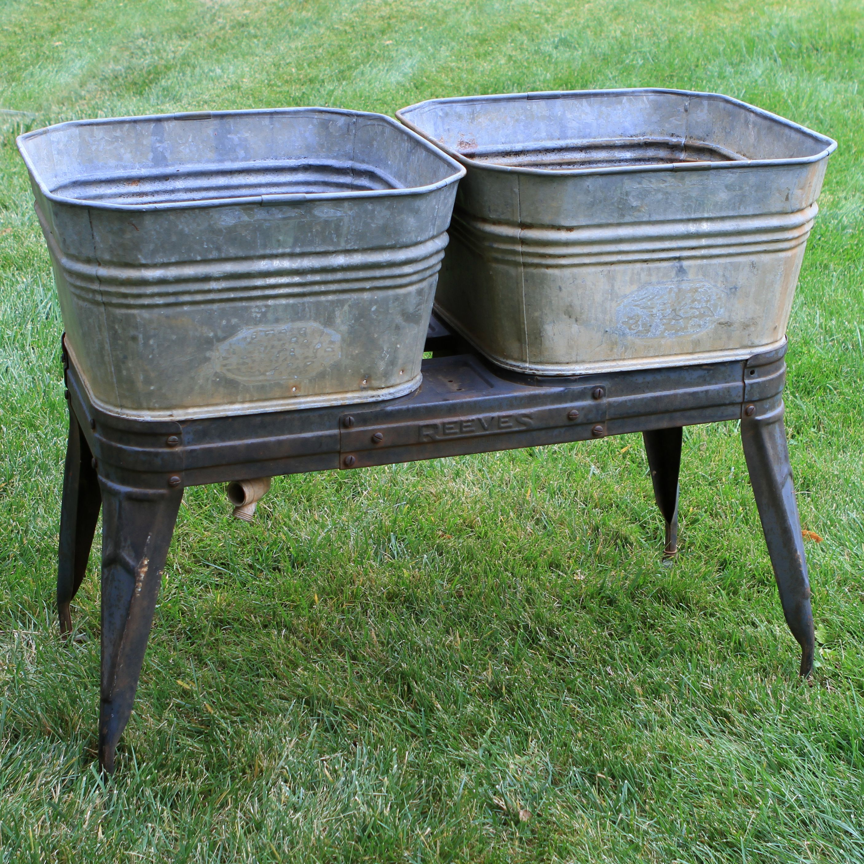 block metal chic a outdoor wood pallet small tub galvanized table scavenger wash butcher top over