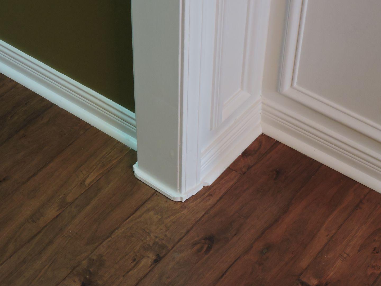 Great Fix For Gaps Under Door Casings Door Casing Flooring Home Design Diy
