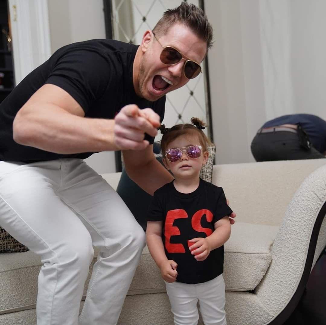 Monroe Sky Mizanin Daddy Mike Mizanin In 2020 The Miz And Maryse Mens Sunglasses Michael Gregory