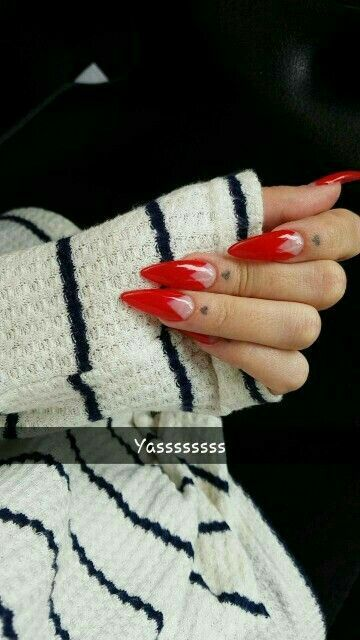 Pin By Nessa Boy On Nails Vintage Nails Red Stiletto Nails