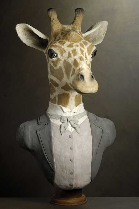 girafe anthropomorphic animals sculpture papier mach sculptures papier papier. Black Bedroom Furniture Sets. Home Design Ideas
