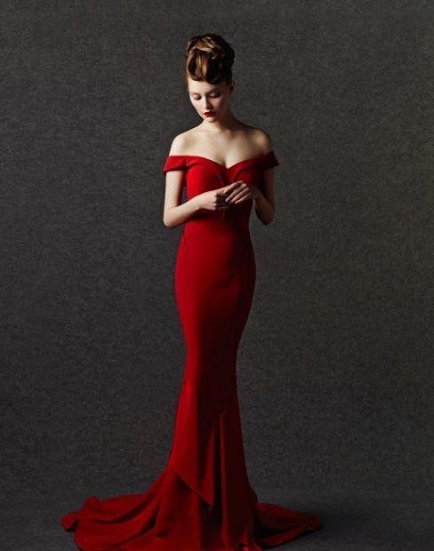 535e199570c9 red off shoulder mermaid dress