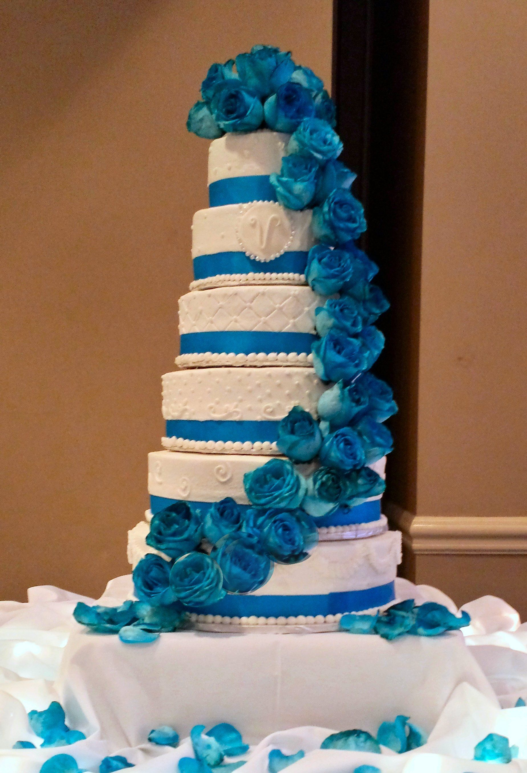 Austinweddingcakelady This Six Tier Cake Serves 300 And Can Be Done In Any Choice Of Colors This One Was Th Quinceanera Cakes Cool Wedding Cakes Tiered Cakes