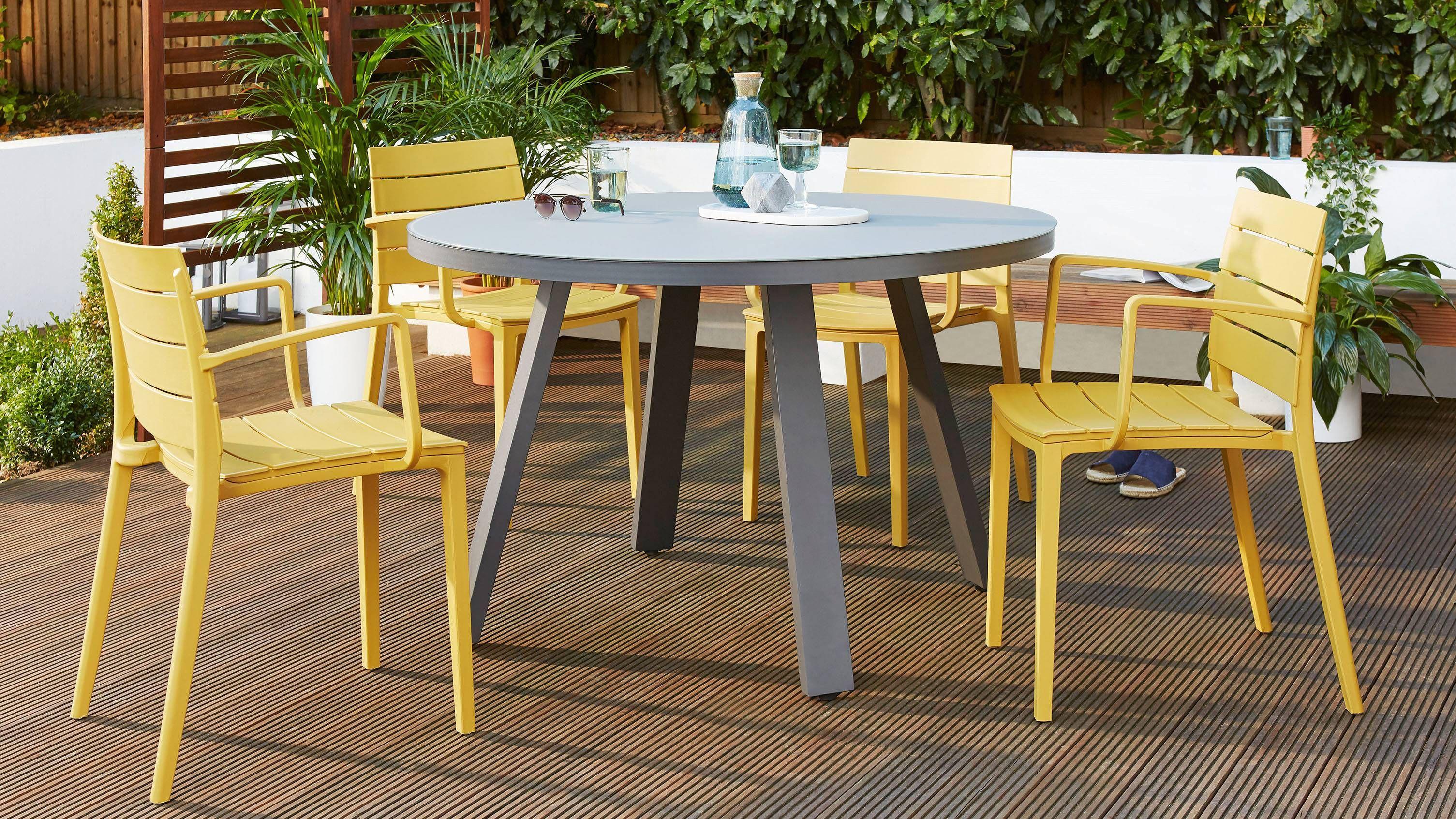 Z Dropped Koko Grey Round 4 Seater Garden Dining Table Garden