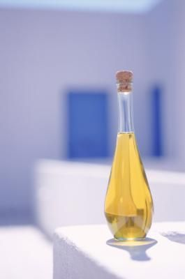 Hair Benefits From Macadamia Nut Oil Livestrong Com Watermelon Seed Oil Macadamia Nut Oil Clary Sage Oil