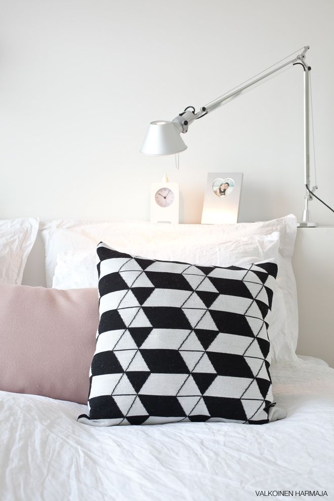 This lamp and instead of having a headboard this shelf - What to use instead of a headboard ...