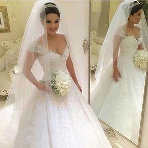 MODO INSPIRAÇÃO [] : Postagem do @noivasempolgadas para inspirar as noivas nesta manhã!!❤️❤️ . São tantos estilos e modelos de vestidos que por mais decidida que a noiva seja aquela duvida sempre aparece!!  . #vestidodenoiva #lavemanoiva #casamentodossonhos #noivalinda #bride #noivaprincesa #princesa #noivafeliz #producaodanoiva #casamentoperfeito #muitoamorenvolvido #noiva2017 #weddingtime #weddingdress #vestido #detalhes #fotografiadecasamento #voucasar