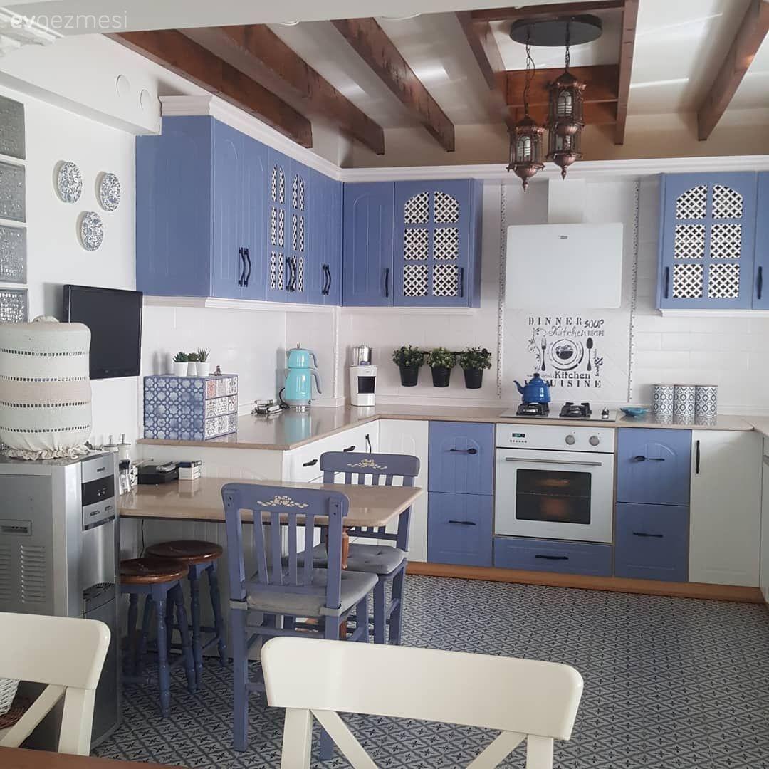 Bu İzmir Evinin Dönüşen Mutfağı Buram Buram Ege Kokuyor
