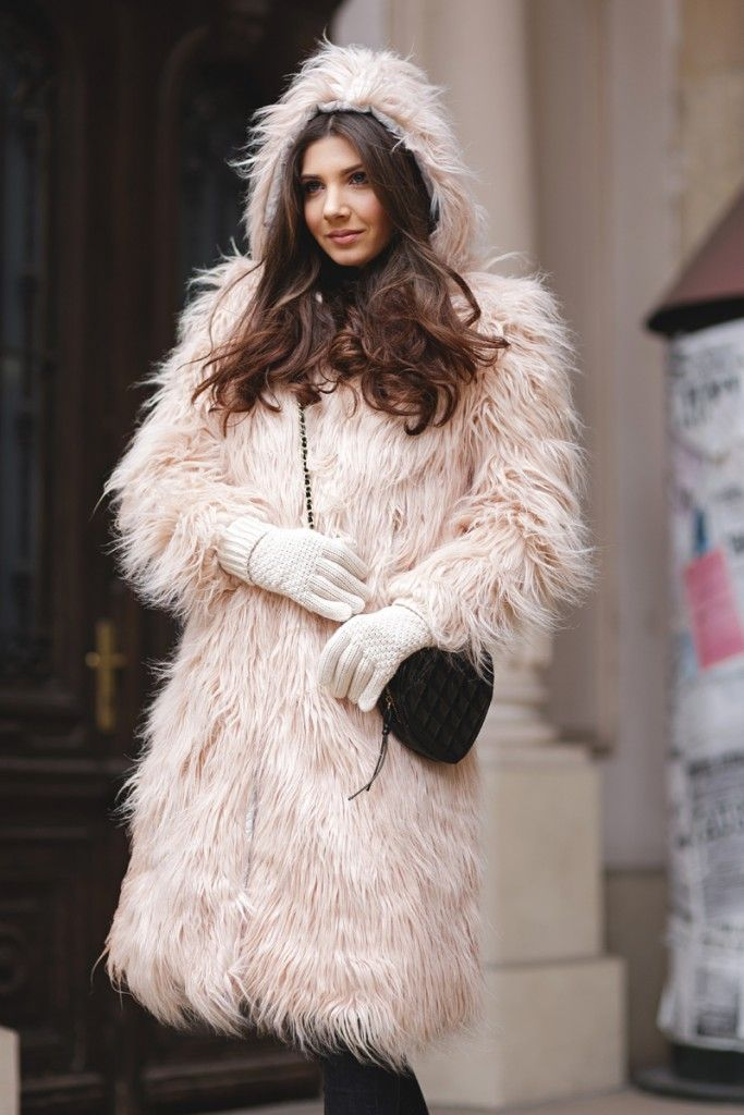10 Must Have Winter Fashion Accessories for Women This