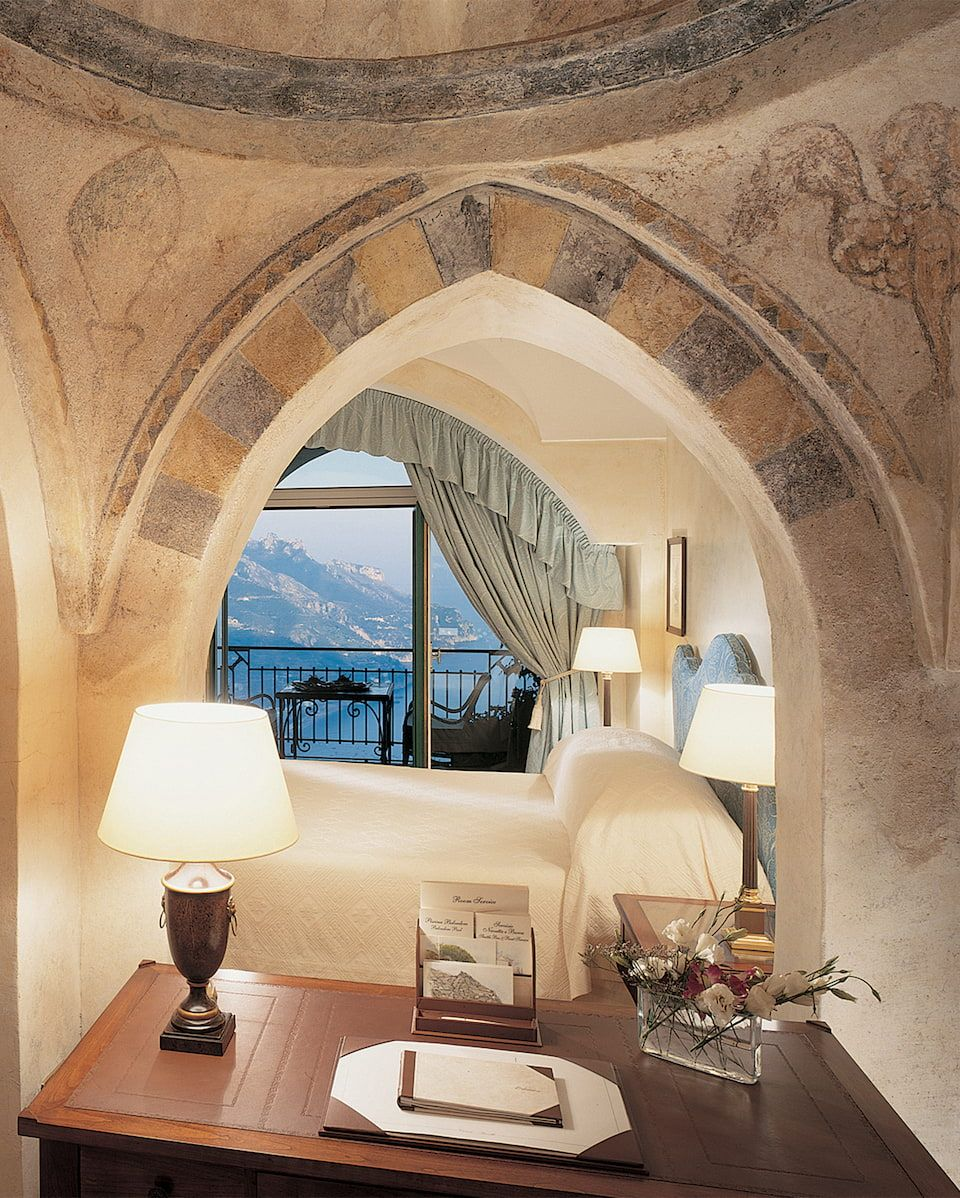Best Luxury Hotels, Italy