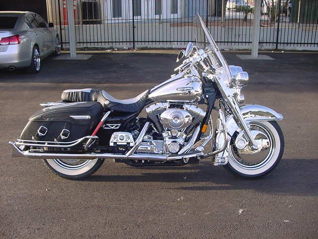 Chrome Road King Classic Dear God Think Of All The Cleaning Harley Harley Davidson Motorcycles Harley Davidson