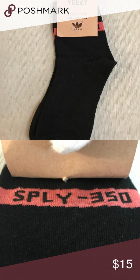 0b7a62eecee2f Yeezy Boost 350 V2 socks Perfect socks to wear with your Yeezys! adidas  Underwear & Socks Athletic Socks