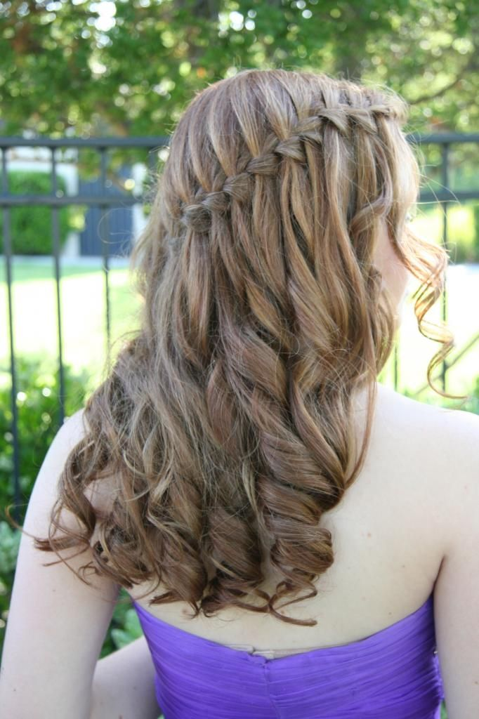 Hairstyles for middle school prom : I am really in love with the look of this hairstyle