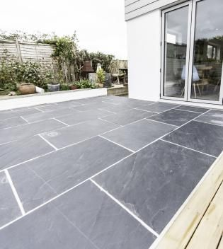 Rustic Black Slate Pavers For External Use Frost Resistant And Durable In 2020 Slate Patio Patio Tiles Slate Flooring