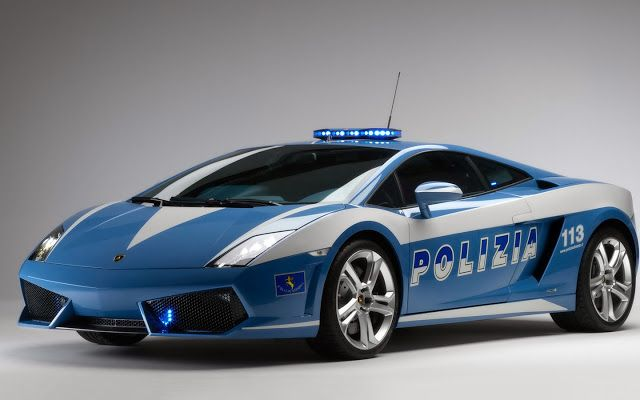 Foto Mobil Keren Polisi Italia Lamborghini Gallardo LP560-4