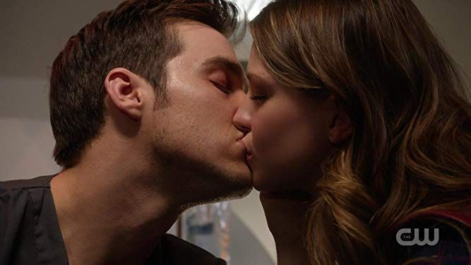 Melissa Benoist and Chris Wood in Supergirl (2015)