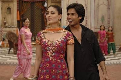 Kareena Kapoor Shahid Kapoor Vintage Bollywood Bollywood Couples Sangeet Outfit