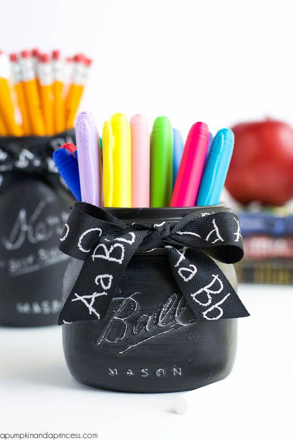 Chalkboard Mason Jar Teacher Gift #teachergifts