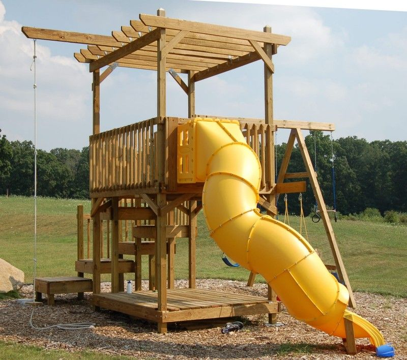 Backyard Fort: How To Build A Backyard Play Structure / Fort