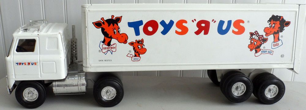 Toys Are Us Trucks : Ertl pressed steel toys r us delivery truck usa