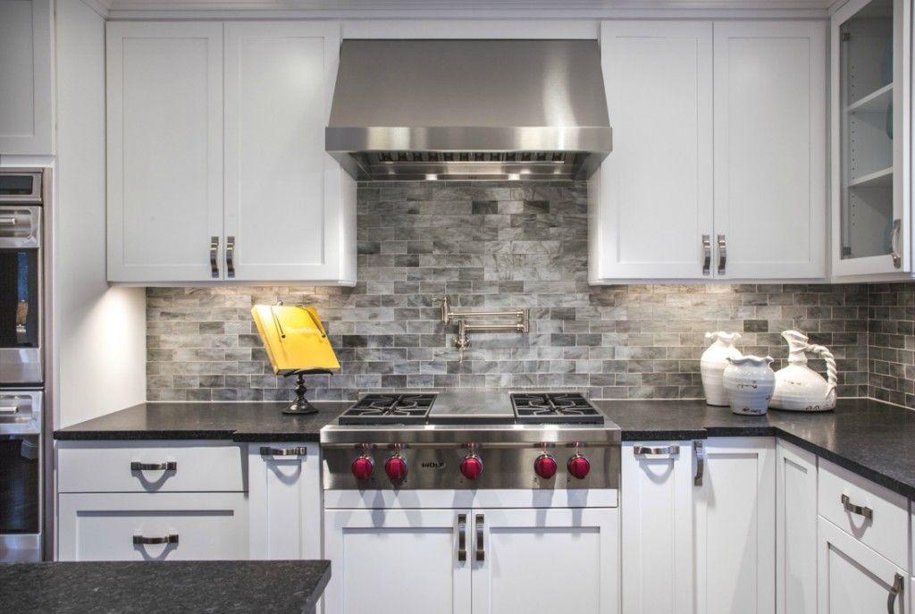 2242 79th Ave Ne Medina Wa 98039 5 Beds 5 Baths Stone Backsplash Grey Kitchen Cabinets New Kitchen Cabinets
