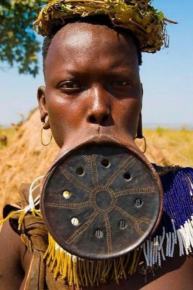 Mursi Tribe Girls With Lip Plates Extreme Body Modification