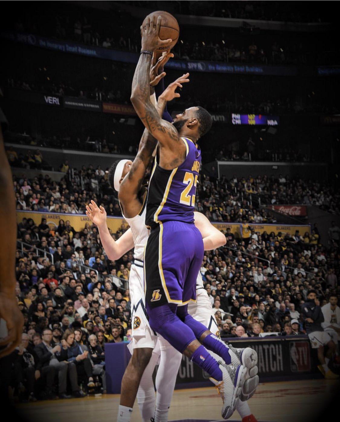 32 394 Lebron James Lakers Nba Players Lebron James