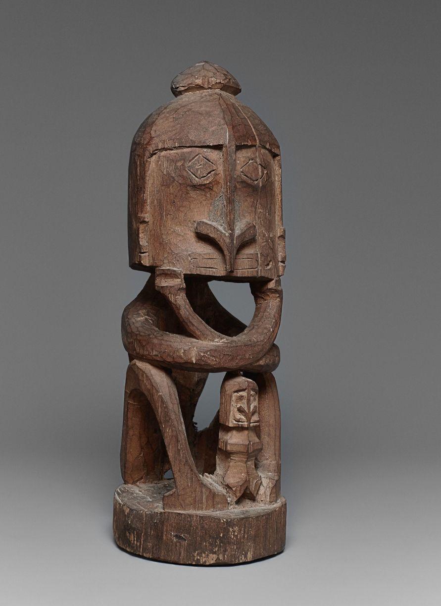 A KORWAR FIGURE Papua, Indonesia, Auktion 1045 Afrikanische und Ozeanische Kunst, Lot 148