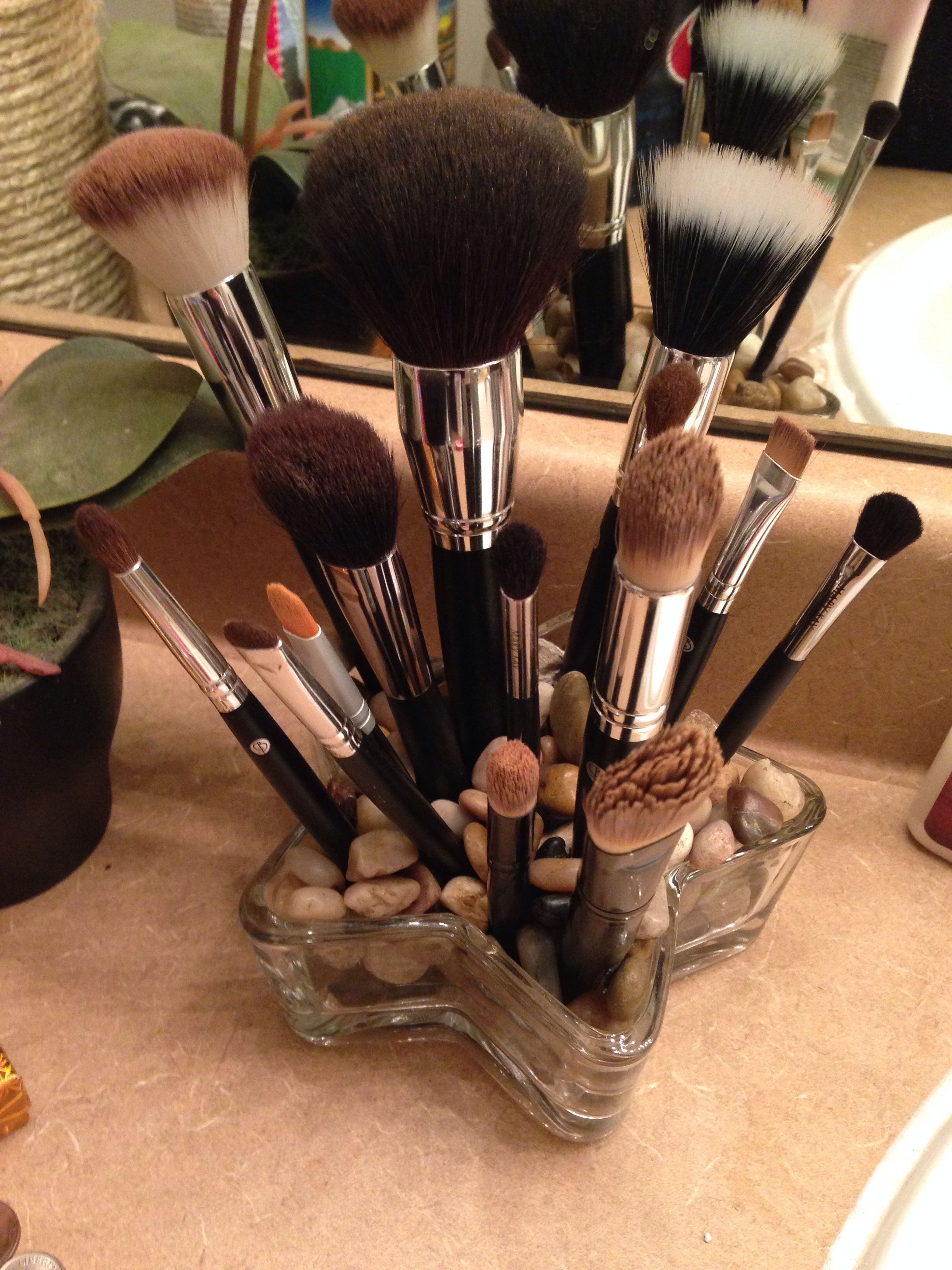 Makeup brush holder 2!!! Dollar Tree! (With images