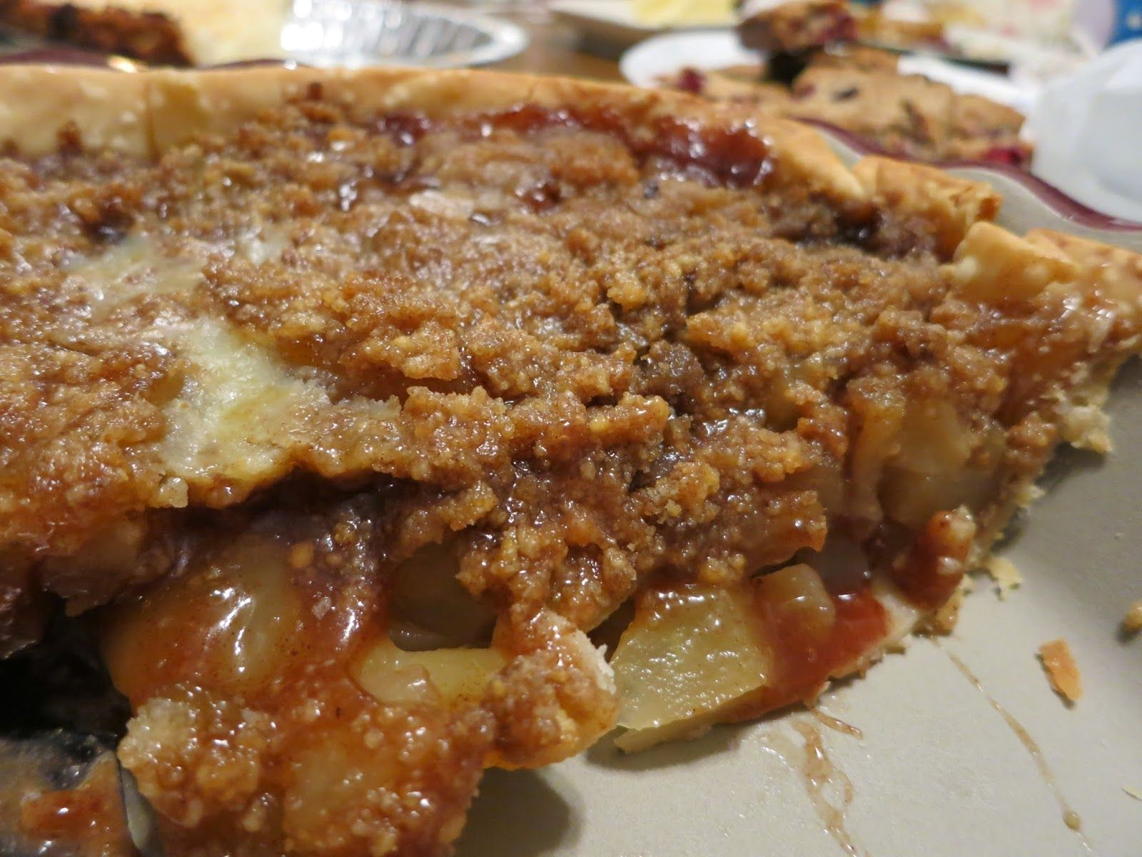 Easy Apple Pie, with Lucky Leaf, a great dessert for the