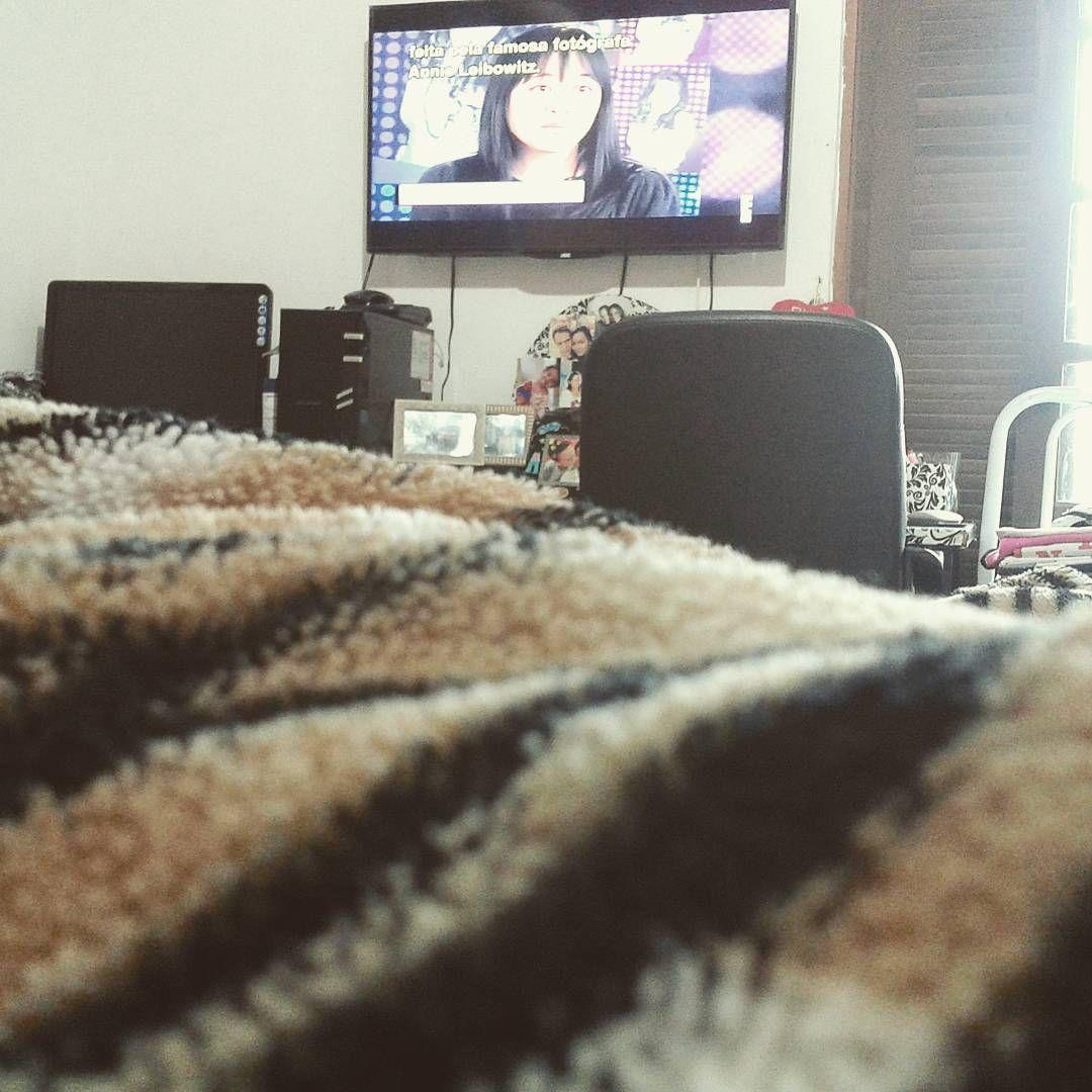 No meu cantinho de molho assistindo tv. #MyRealLife